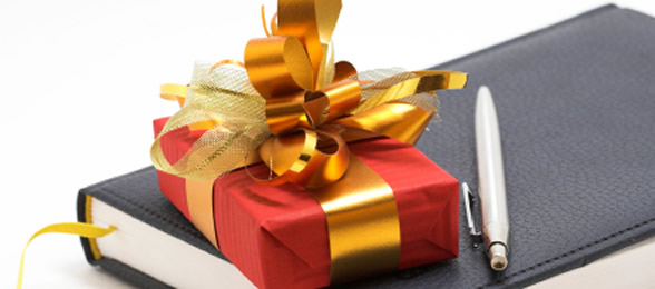 To buy or not to buy: Do you buy your clients a gift at Christmas?